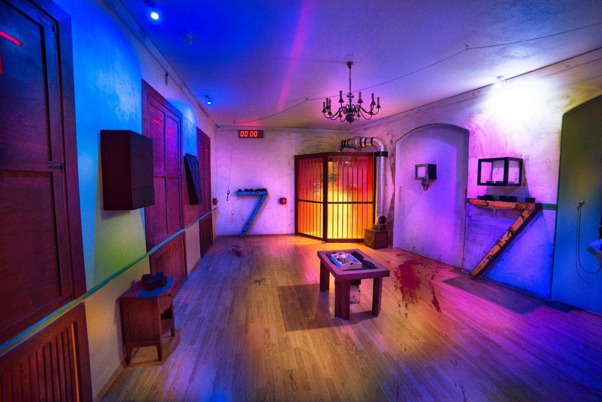 Time Quest Live Escape Room